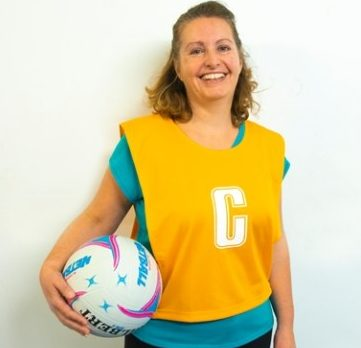Breast Cancer survivor sets up walking netball sessions